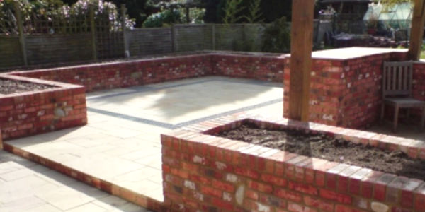 Brickwork & Driveways Company in Horsham