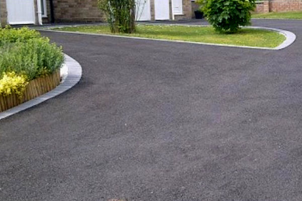 Tarmac Repairs near me Lancing
